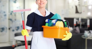 Should I Hire a Cleaning Service?